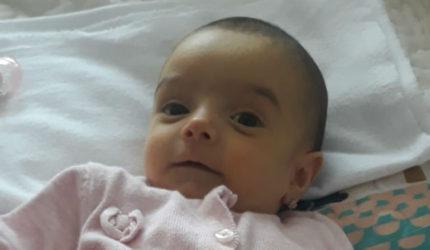 Victoria se luptă să trăiască! Fetița urmază să plece în Italia unde va primi o bucățică din ficatul mamei ei.